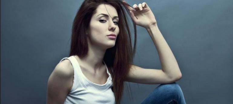 profiluri de femei cu fotografii pentru întâlniri)